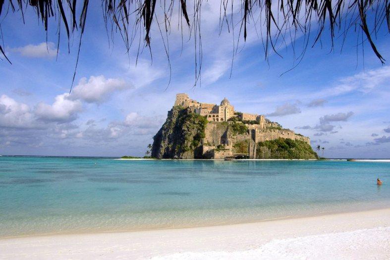 Elsker du Italia? Hva med en tur til Ischia?